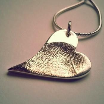 Curvy Heart Medium