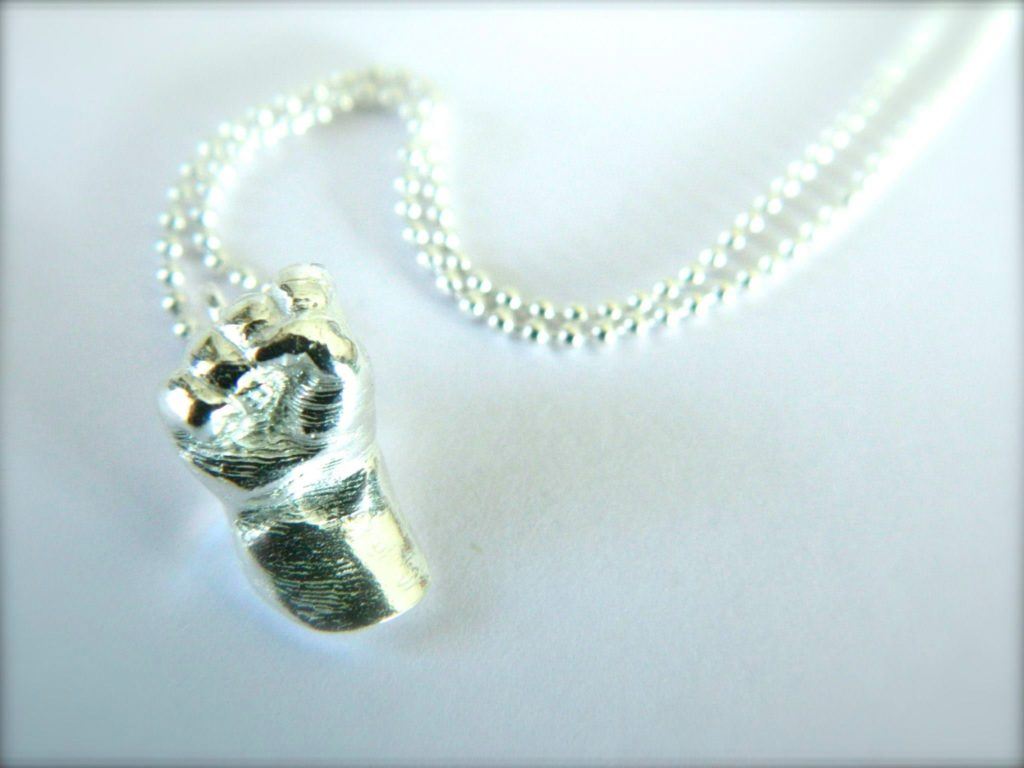 Tiny Treasures – miniaturised Silver Casts 9