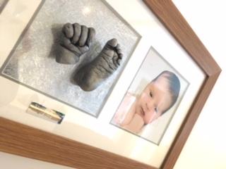 Reframing Baby Hand & Foot Casts 6