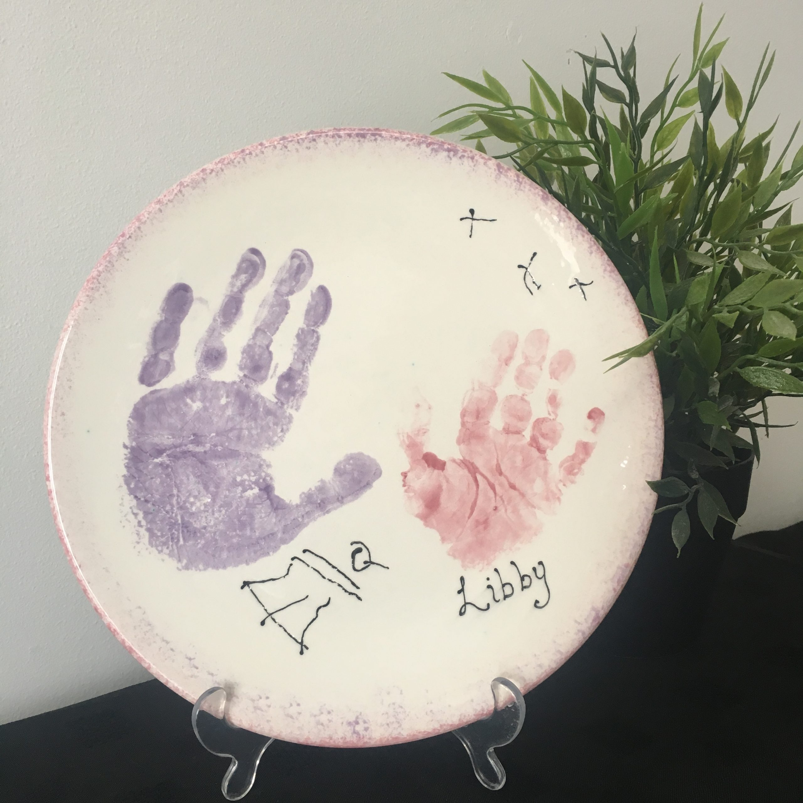 plate with baby hands and foot prints